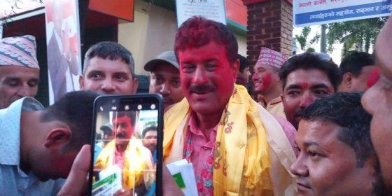 नेपाली काँग्रेस भरतपुर महानगर सभापतिमा चित्रसेन अधिकारी विजयी